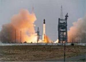 Российская ракета-носитель `Протон` успешно вывела на целевую орбиту американский спутник связи `Дирек-TV-12`