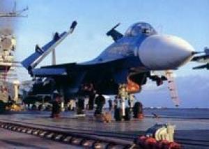 Россия ведет переговоры с Китаем о продаже палубных истребителей Су-33
