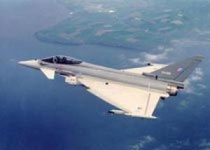 Два Еврофайтера разгромили восьмерку F15, не понеся потерь