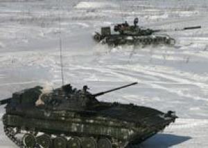 Военные опровергают информацию о `сотнях брошенных танков` на Урале