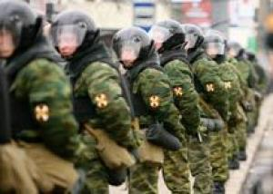 Внутренние войска могут быть выведены из МВД - сенатор Тулаев