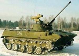 На учениях впервые десантировали БМД-2 с личным составом