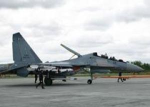 Министр обороны Малайзии совершил полет на истребителе Су-30МКМ