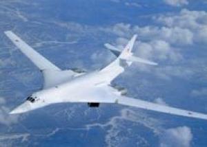 Бомбардировщики Ту-160 поставили рекорд продолжительности полета