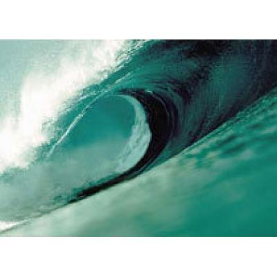 Огромные волны обрушились на Таиланд и Индонезию
