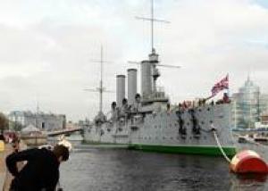 Миронов вновь призывает оставить `Аврору` в составе ВМФ