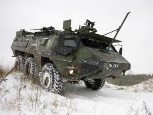 Эстония получила первые нидерландские бронетранспортеры