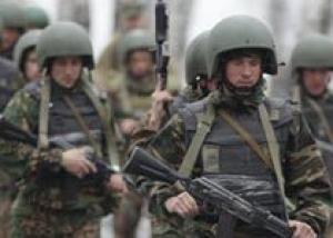 Армия в России со временем должна перейти на контрактную основу