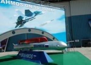Более 40 истребителей Су-30МКИ станут носителями ракет `Брамос`
