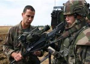 РФ ведет переговоры с Францией о закупке экипировки `солдата будущего`