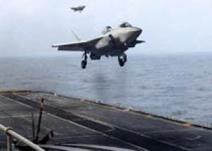 Серийный F-35 совершил первый полет