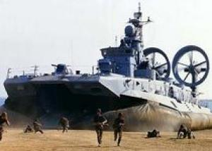 Совместные учения ВДВ и Черноморского флота идут под Новороссийском