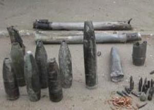 Солдаты-срочники не должны утилизировать боеприпасы, заявил Лукин