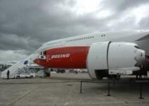`Боинг` поставит первый грузовой самолет `Боинг-747-8` стартовому заказчику 19 сентября