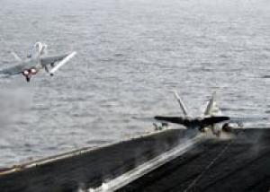 ВМС США столкнулись с быстрым износом истребителей Hornet