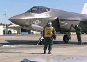 Электромагнитная катапульта впервые запустила истребитель F-35