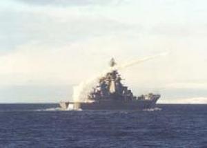 Атомному крейсеру `Петр Великий` исполнилось 15 лет