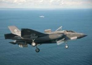 ВМС США должны доработать летную палубу универсальных десантных кораблей типа `Уосп` для базирования истребителей F-35