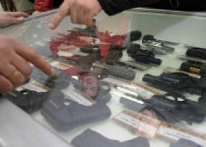 В Казахстане запретят травматическое оружие