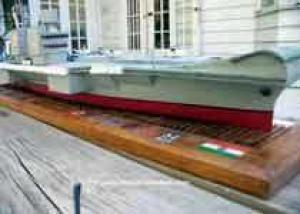 Индия спустила на воду первый собственный авианосец