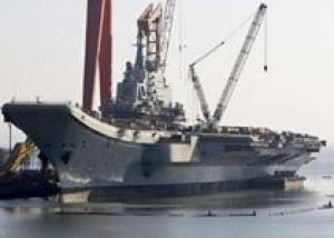 Китай провел успешные испытания авианосца `Ляонин` в составе авианосной группы