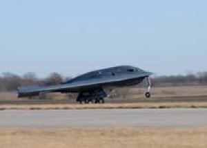 США восстановили поврежденный пожаром бомбардировщик B-2