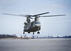 Великобритания получила первые модернизированные вертолеты Chinook