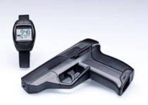 В США начались продажи `умного` пистолета
