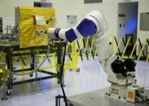 NASA испытало систему дозаправки спутников