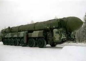Испытательный пуск ракеты РС-12М `Тополь` успешно проведен с полигона `Капустин Яр`