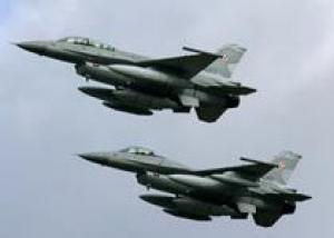 НАТО втрое увеличит число истребителей для защиты Балтии