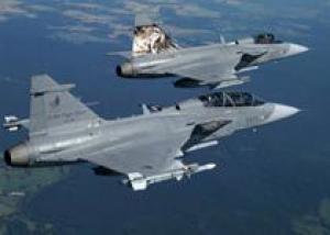 Чехия проведет модернизацию арендованных истребителей Gripen