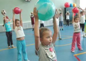 С 1 сентября в московских школах вводится обязательная утренняя зарядка для первых - девятых классов
