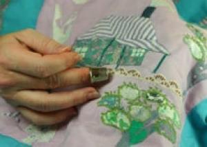 Развивающий коврик для малыша: как его сделать своими руками ?