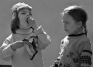 Что делать, если ребенок - жадина?