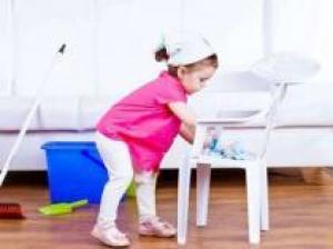 Уборка в доме с маленьким ребёнком: как сэкономить силы и время