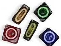 Власти ЮАР бесплатно распространили миллионы некачественных презервативов