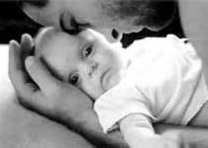 У мужчин с низким голосом больше детей
