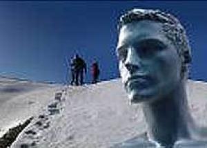 В Нью-Йорке побит мировой рекорд по продолжительности нахождения человека во льду