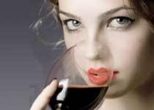 Женщины, злоупотребляющие алкоголем имеют на 50% больше шансов заболеть раком молочной железы