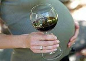 Польская женщина родила пьяную девочку