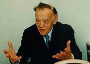Скончался старейший практикующий хирург Федор Углов