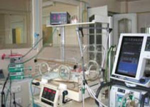 Детскую больницу обязали выплатить 100 тысяч рублей матери умершего младенца