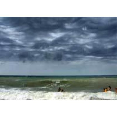 Число жертв шторма `Ноэль` в Доминикане достигло 20 человек