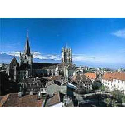 Швейцария становится все более популярной благодаря так называемому `туризму смерти`