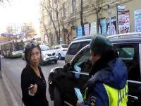 Суд рассматривает дело о парковке Porsche на встречной полосе в Краснодаре