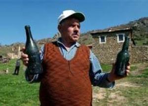 Найдены вино и коньяк Первой Мировой, цена 2500 фунтов стерлингов за бутылку