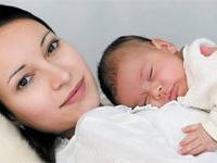 Анестезия во время родов вредит матери и ребенку