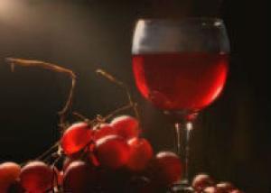 Грузия впервые за 7 лет привезет вино на выставку в Москву