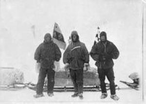 В Антарктиде нашли три бутылки виски, оставленные экспедицией полярников в 1909 году